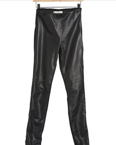 leather_fronted_pants_1024x1024.jpg 768×961 píxeles