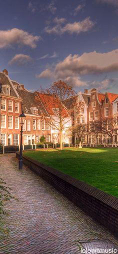 Courtyard of the Begijnhof, Amsterdam, Netherlands