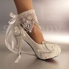 If you want to find very comfortable wedding shoes you have two top choices, one is to wear cowgirl wedding boots (as many of our readers choose). Wedding Shoes Bride, Wedding Boots, Bride Shoes, Boho Wedding, Lace Ribbon, High Heels Stilettos, Cowgirl Boots, Your Shoes, Me Too Shoes