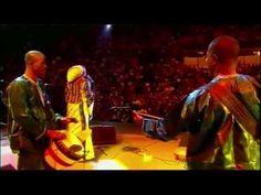 Oumou Sangare - Live en Europe - Intégrale - Partie 2 - YouTube