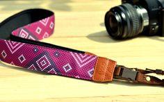 Violet Diamond Camera Strap suits for DSLR / SLR.