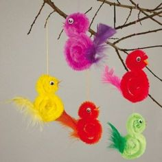 Feather Crafts For Kids – feather crafts Feather Crafts, Bird Crafts, Bunny Crafts, Easter Crafts For Kids, Craft Stick Crafts, Toddler Crafts, Preschool Crafts, Diy For Kids, Diy And Crafts