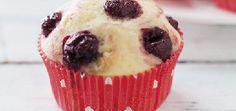 Маффины со свежей сладкой вишней | Кексы и маффины