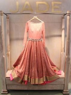 We will exhibit many such beautiful designs at our Trunk Show in US. For details write in to us at: jade@jadecouture.com