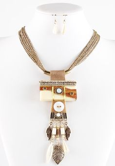 we still have some Boho Style for this spring Collar Formal - Boho Wood  #surtimoda