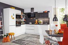 Eckküche Nolte Feel Portland Weiß online kaufen ➤ mömax Portland, Design Kitchen, Table, Furniture, Home Decor, Grey And White, Workbench Top, Engineered Wood, Design Of Kitchen