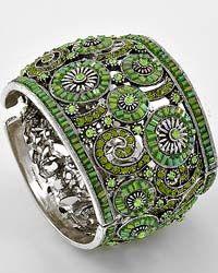 Love, love, love this bracelet!!