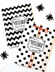 Sppoktacular Teacher Gift idea - free prints on { lilluna.com }