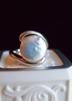 Classic Honora Sterling Silver 925 12mm Coin Pearl Solitaire Ring Size 6 #Honora #Solitaire#CoinPearl #SterlingSilver #Honora #HonoraJewelry #PearlJewelry #WeddingJewelry #MothersDayGift #BirthdayGift #PearlRing #Pearl #Jewelry #Ring #Classic