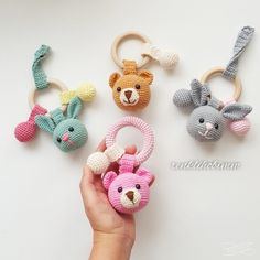 2019 All Best Amigurumi Crochet Patterns - Amigurumi Free Pattern The most admired amigurumi crochet toy models in 2019 are waiting for you in this article. The most beautiful amigurumi toy patterns are all on this site.Baby crochet teethers and paci Crochet Baby Toys, Crochet Patterns Amigurumi, Crochet Animals, Crochet Dolls, Crochet Bunny, Free Crochet, Amigurumi Tutorial, Crochet Handbags, Crochet Bags
