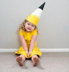 pencil DIY kids costume - Browse simple, no-sew kids and baby DIY Halloween cost. Costume Halloween, Diy Halloween Costumes For Kids, Easy Halloween, Funny Costumes, Baby Costumes, Baby Kostüm, Diy Baby, Baby Kids, Halloween School Treats