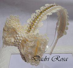 Fabric Ribbon, Ribbon Bows, Fabric Flowers, Ribbons, White Hair Bows, Headband Tutorial, Bracelet Crafts, Lace Bows, Crochet Videos