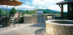 See outdoor patio ideas, hardscape design ideas, and outdoor living space ideas with inspiration and pictures of creative paver project ideas by Belgard. Concrete Driveway Pavers, Paver Stone Patio, Brick Patios, Outdoor Spaces, Outdoor Living, Outdoor Kitchens, Outdoor Decor, Fire Pit Size, Fire Pits