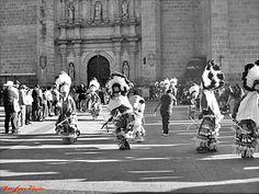 Danzantes exterior de Catedral de San Juan de los Lagos