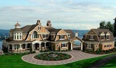 dream house rooms This spectacular Shingle style home plan has every imagineable luxury spread out over three levels plus a rooftop widow's walk and room is a generous size and the h Craftsman House Plans, Craftsman Style, Craftsman Exterior, Big Houses Exterior, Dream House Exterior, Tyni House, Farm House, Cottage House, House Floor