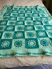 I love this pattern! The squares are easy to make and really sweet. The one thing I had immense trouble with was the assembly. Not that it's at all difficult - just a whip stitch. I just have...