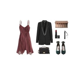 This is a great outfit for dinner and drinks. Whether you're on a date or out with friends, the blazer adds a classic element to this outfit. #ootd #style #fallstyle