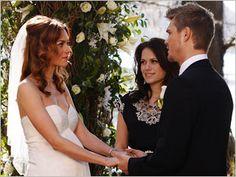 Gene simmons shannon tweed most awkward celebrity kisses for Shannon farren wedding