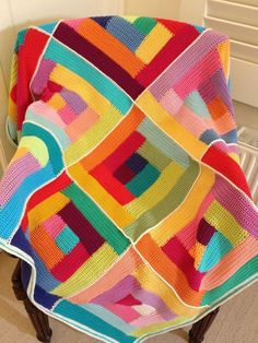 mitali's Crochet log cabin afghan – Knitting Blanket 2020 Crochet Motifs, Crochet Quilt, Afghan Crochet Patterns, Crochet Squares, Crochet Home, Crochet Granny, Crochet Crafts, Crochet Yarn, Crochet Projects