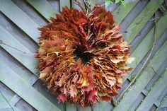 Blätterkranz von Filz und Garten Hobbies For Kids, Hobbies And Crafts, Diy And Crafts, Diy Wreath, Wreaths, Mabon, Seasonal Decor, Leaves, Homemade
