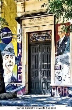 """También conocido como el """"Bar de Roberto"""", o """"Bar El 12 de Octubre"""", está ubicado en la calle Bulnes 331 casi esquina Presidente Perón, en el barrio porteño de Almagro.  Funcionó desde 1893 como despensa y bar. En 1930 tomó el nombre de """"Bar El 12 de Octubre"""", fecha que coincide con la inauguración de la vecina Plaza Almagro."""