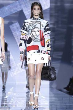 Versace Ready To Wear Spring Summer 2015 Milan