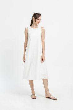Shop effortless, minimalist & modern ready-to-wear here. We make quality & affordable fashion since We ship worldwide. Affordable Fashion, Ready To Wear, White Dress, Spring Summer, How To Wear, Clothes, Shopping, Dresses, Outfits