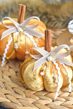 Χρυση βελουτε κολοκυθα Gift Wrapping, Gifts, Gift Wrapping Paper, Presents, Wrapping Gifts, Favors, Gift Packaging, Gift