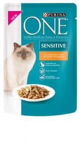 Purina ONE Sensitive Huhn & Karotten Frischebeutel Personal Care, Cat Food, Carrots, Pouch