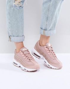 d227e0912735 Nike Air Max 95 Trainers In Pink