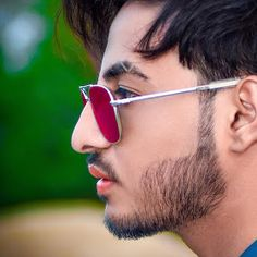 Stylish Handsome Beautiful Boy: Stylish attitude boy pics dp for WhatsApp Boys dp pic: boys dpz photos Boys hair style with photos World Handsome Boy, Most Handsome Men, Handsome Boys, Stylish Dpz, Stylish Boys, Army Couple Pictures, Instagram Dp, Dp Photos, Pictures Of Shoes