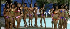 Hot Photo of a set of beautiful Filipina girls at an Angeles City Pool Party