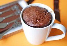Savory magic cake with roasted peppers and tandoori - Clean Eating Snacks Nutella Mug Cake, Cake Mug, Bowl Cake, Pear Recipes, Orange Recipes, Banana Recipes, Blackberry Cake, Mug Cake Microwave, Pear Cake
