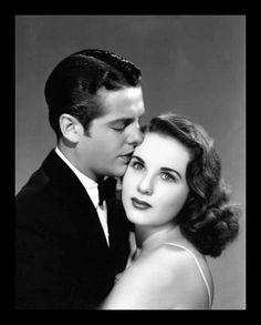 Robert Cummings, Deanna Durbin, Movie Kisses, Kissing, Couple Photos, Couples, Movies, Couple Shots, Films