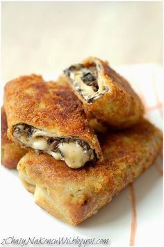 Krokiety z pieczarkami. Krokiety z serem i pieczarkami. Krokiety do barszczu. Krokiety z grzybami. Ciasto na krokiety.