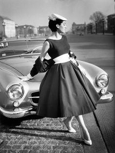 L'auto, la mode dans les années 50