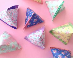 DIY: Make Pyramid Paper Pouches - by Omiyage Blogs