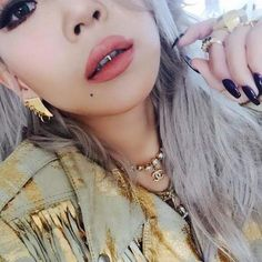 Image about fashion in CL / Chaerin Lee by Christina Aguilera, Aaliyah, Girls Generation, K Pop, Jennifer Lopez, Rihanna, Chaelin Lee, Lee Chaerin, Rapper