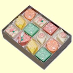 Petit Fours - retail website