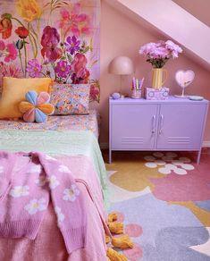 Cute Bedroom Decor, Room Ideas Bedroom, Pastel Room Decor, Pretty Room, Aesthetic Room Decor, Cool Rooms, My New Room, Girl Room, Room Inspiration