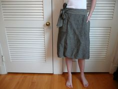 https://flic.kr/p/4BN3dJ | linen wrap skirt | mccalls 5430. grey/black and pinstriped slub linen.