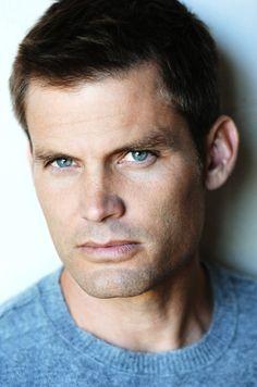 Actor Ryan Bittle Totally Looks Like Actor Casper Van Dien by ...