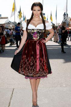 Kim Kardashian im Dirndl auf der Wiesn - at the Oktoberfest in Munich.