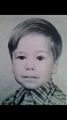 Celebrity #TBT pics — Donnie Wahlberg had a sweet 'do.