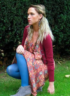 maxi dress for fall colored tights