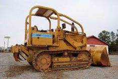 Bulldozer Training in Amsterdam. LESCO TRAINING CENTRE we provide practical, quality training for earth moving machineries, practical . Co2 Welding, Argon Welding, Welding Courses, African House, Safety Courses, Construction Safety, Drilling Rig, Electrical Installation, Training Center