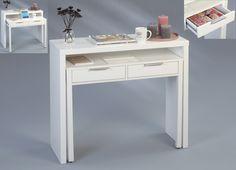 Ein  Schöner Schreibtisch, der auch als Schminkkommode verwendet werden kann. In Hochglanz Weiß. #schreibtisch #Tisch #Schminktisch #schminkkommode #Weiß #weiss #Hochglanz