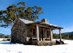It might be getting colder but there are plenty of ways to enjoy the Australian winter. Yes, even if you&rs. Australian Architecture, House Architecture, River Pictures, Timber Cabin, Rocking Chair Porch, Alpine Style, Sydney Restaurants, Ski Holidays, Rock Pools