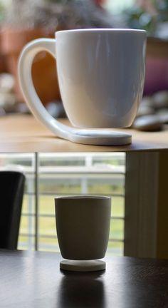 공중부양 컵