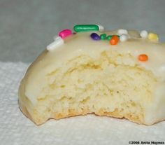 Italian lemon Christmas cookies. I will make these this year! Mary Mac's recipe is best!!